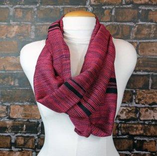 scarf-infinity-redvariegated-DSCF6931